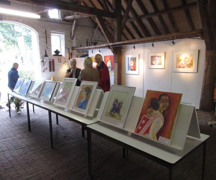 Expositie van vereniging voor schilderen, tekenen en aquarelleren Het Gelders Palet Everwijnsgoed Renkum 2019