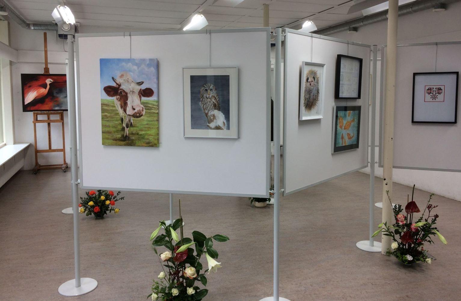 Expositie van vereniging voor schilderen, tekenen en aquarelleren Het Gelders Palet in Wageningen 2019